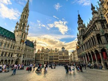 Khám phá Brussels ngọt ngào và bí ẩn
